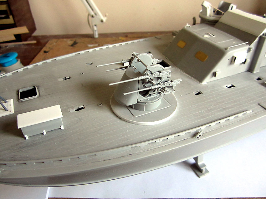 Stuart Hurley Italeri PT 195 Build